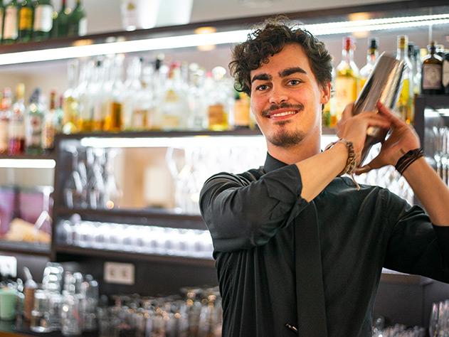Barkeeper und Restaurantleiter Zoel Rohr im Chambao
